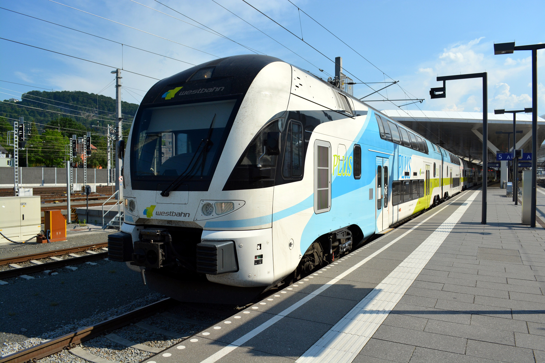 18 Eisenbahnfreunde Kraichgau Chiemsee Salzburg Hauptbahnhof Westbahn 02