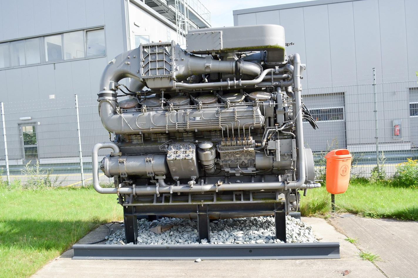 DB Fahrzeuginstandhaltung Motor BR 218