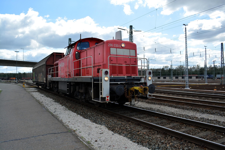 10 Rangierbahnhof Maschen BR296 Rangierlok 03.jpg
