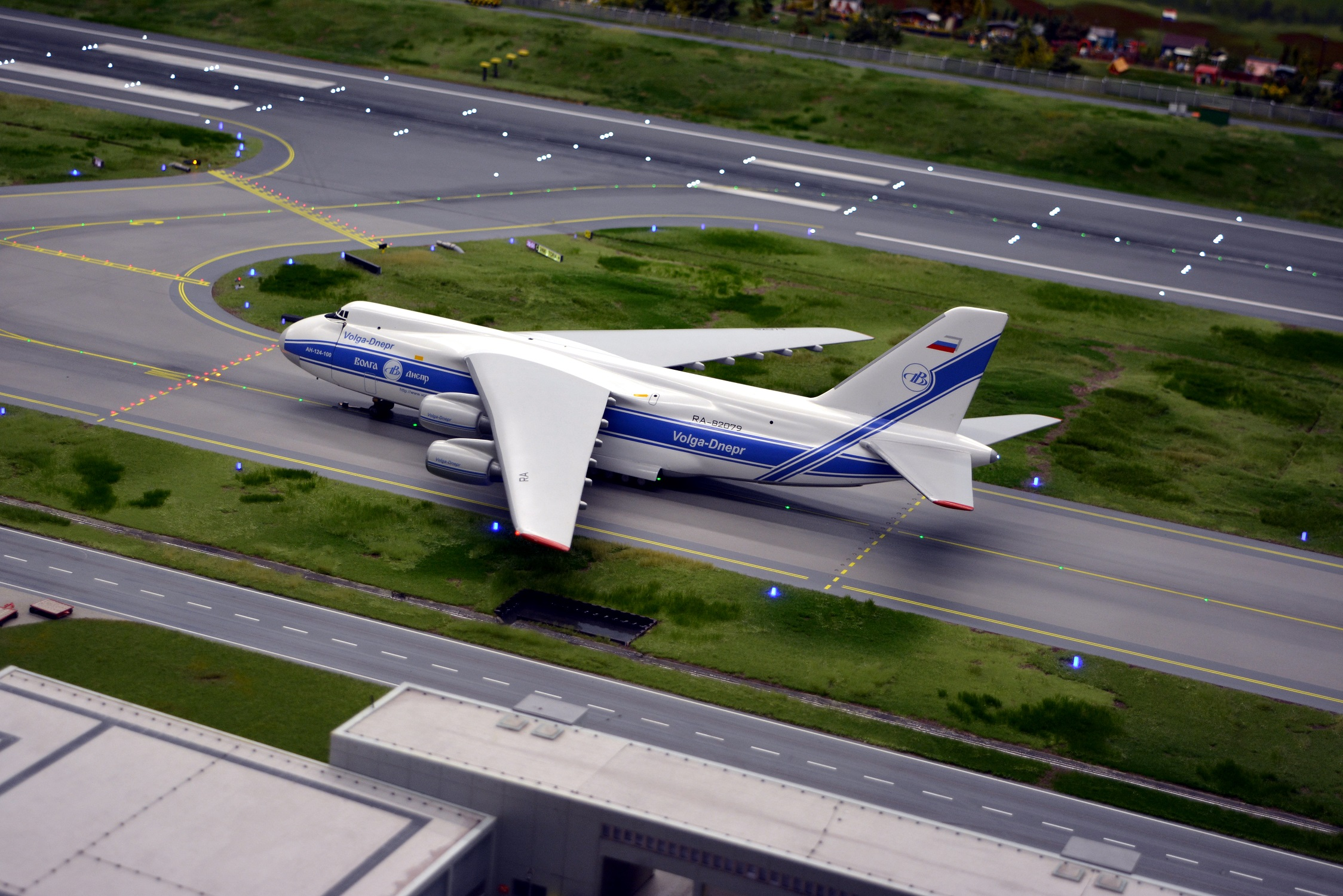26 Miniatur Wunderland Antonov 01.jpg