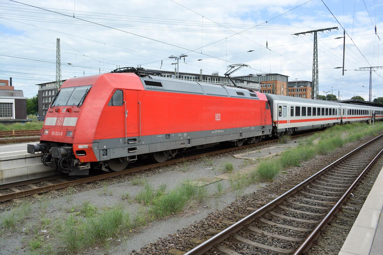 Bremen Hauptbahnhof Baureihe 101-024
